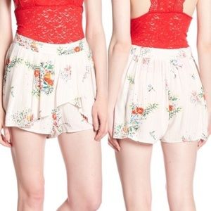 Free People elastic waist floral shorts/skort